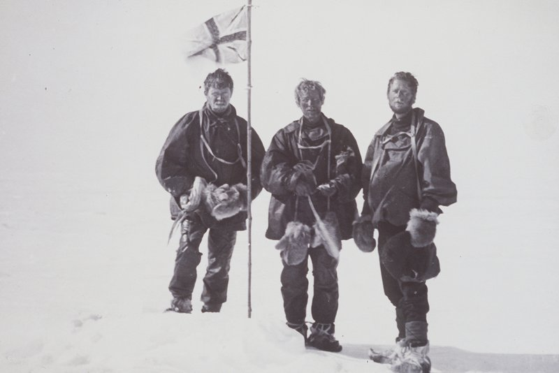 On January 16, 1909, Mackay, David and Mawson reach the magnetic south pole.
